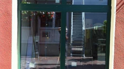 Goldschmiede Schaufenster in Jevergrün