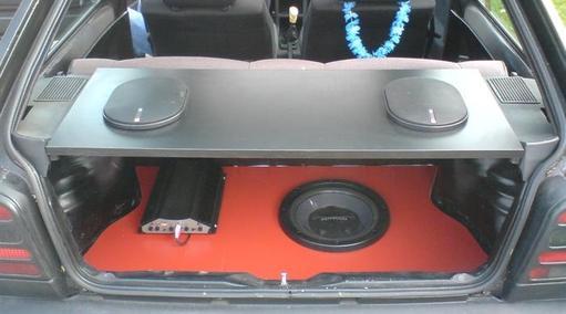 Lautsprecherablage
